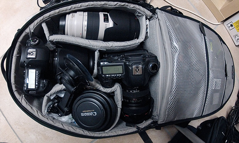 Voici mon sac Lowepro plein