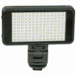 La lampe Promaster LED 120SS, idéale pour la photo